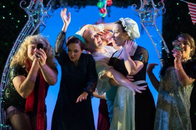 theatre photography - the elixir of love, scottish opera